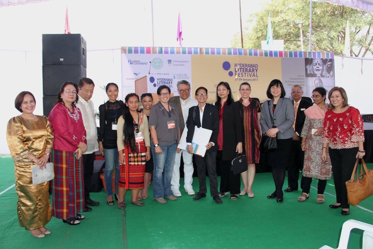 philippine-delegation-with-ambassador-daza-from-hope-yu